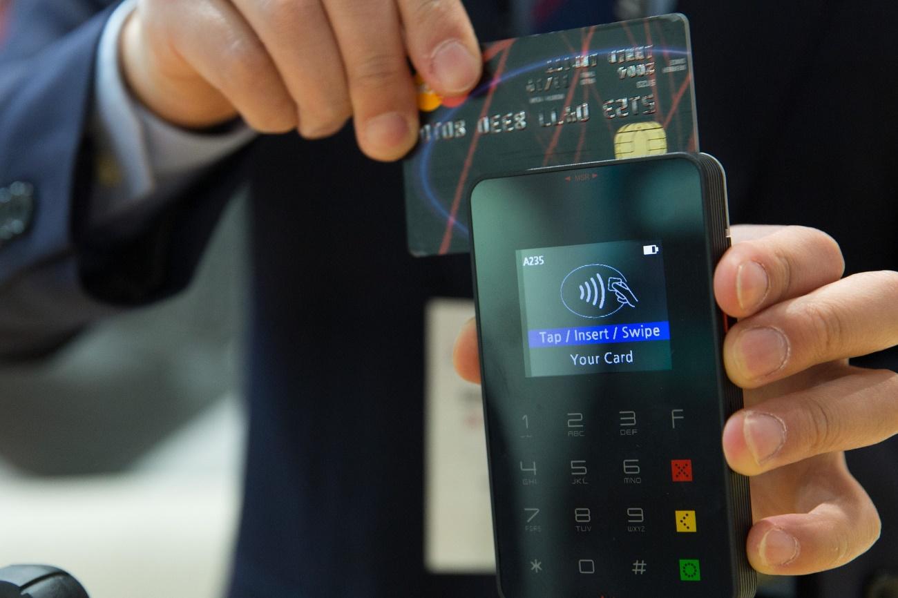 韓国留学にデビットカードは使えるの?